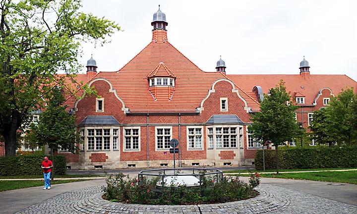 techlogis Ingenieurbüro Berlin Fördertechnik Starkstromanlagen Energieoptimierung Rheumaklink Berlin-Buch