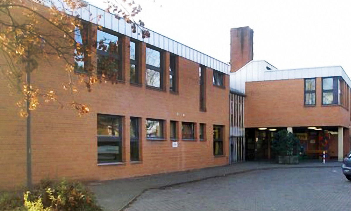 techlogis Ingenieurbüro Berlin Heizungstechnik Lüftungstechnik Gebäudeleittechnik Schule am Bienwaldring